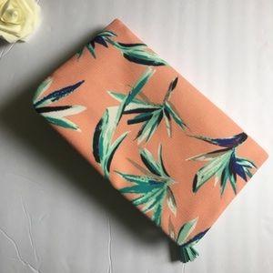 Rachel Pally Bags - 🍩 Rachel Pally Mint Tropical  Print Clutch